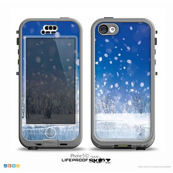 The Frozen Snowfall Pond Skin for the iPhone 5c nüüd LifeProof Case