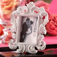 White Baroque Photo Frame Place Card Holder 3 1/2in x 5in   Party City