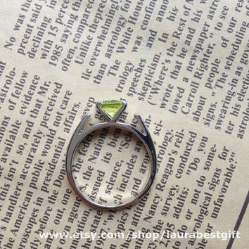 ONCE UPON A TIME jewelry  Emma ring Peridot crystal snow white ring