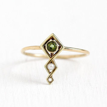 Vintage Peridot Ring - 14k Yellow Gold Green Gemstone & Pearl - Antique Size 5 Stick Pin Conversion August Birthstone Fine Jewelry