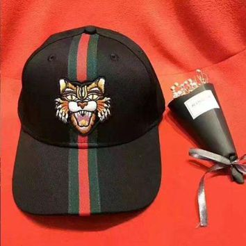 DCCKN6V GUCCI Fashion Tiger Embroidery Sports Sun Hat Baseball Cap Hat Black Stripe For Women Men G-GQHY-DLSX