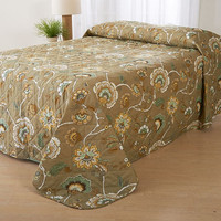 Twin size Quilted Bedspread with Jacobean Floral Pattern