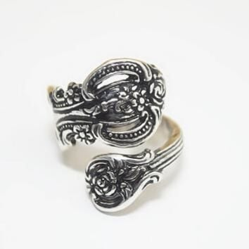 Antique Silver Roman Ring