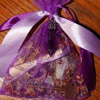 In the Know Psychic Awareness Mojo Bag - Hoodoo Psychic Power Mojo Bag - Amulet or Talisman - Occult - Magickal Curio - Intuitive Power