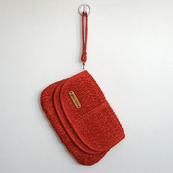 Vintage 1980s Gloria Astor / Red Woven Raffia Wristlet / Clutch Purse