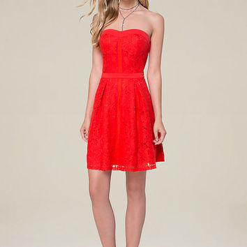 LACE STRAPLESS FLARED DRESS