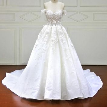 Luxury Royal Train A-Line Wedding Dresses Gorgeous Lace Sweetheart Off the Shoulder Wedding Dress