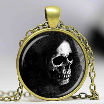 fashion jewelry skull santa muerte pendant necklace occult magic human bones scary horror death in capture