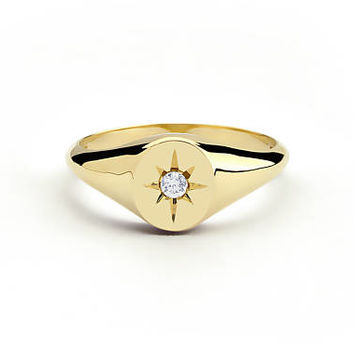 Diamond Signet Ring in 14k Gold / Star Setting Diamond Signet Ring / Gold Signet Ring / Pinky Signet Ring