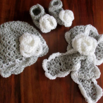 Hat, Booties, Scarf PATTERN, crochet pattern for baby hat, shoes and scarf  size newborn- 12 months, easy pattern, crochet baby accesories