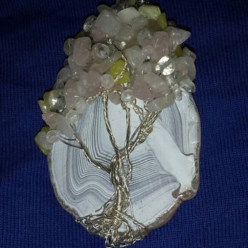 WIRE ART SALE Agate Slice Tree with quartz chip beads and glass beads / Wire Wrapped Sun Catcher or Decoration / Christmas Ornament