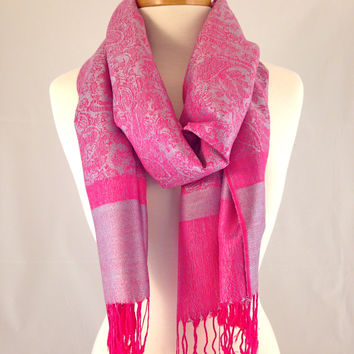 New Year's Kiss Pashmina