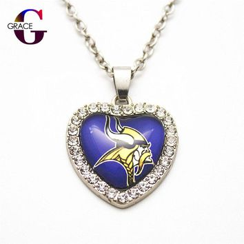 6pcs Fashion Minnesota Vikings Football Sports Charms Heart Crystal Necklace Pendant With 50cm Chains For Women Diy Jewelry