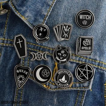 Pentagram Witch Ouija Spells Black Moon Enamel Pin Brooch Badges for Clothes Bags Backpacks Jewelry Fashion Pins Cute Lapel Pins Gift