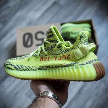 Adidas Women Men Yeezy 350 V2 Boost Trending Girl Boy Personality Leisure Sport Running Shoe Sneakers - Ready Stock