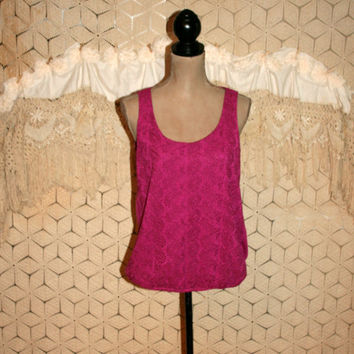 Fuchsia Top Blouson Tank Top Sleeveless Summer Top Eyelet Paisley Rayon Knit Jersey Scoop Neck Ann Taylor Size Medium Womens Clothing