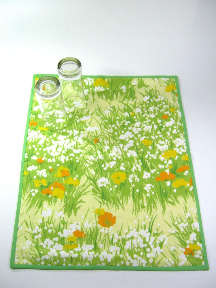 Cotton dish drying mat Vintage upcycled kitchen cloth Green yellow meadow Drainboard replacement