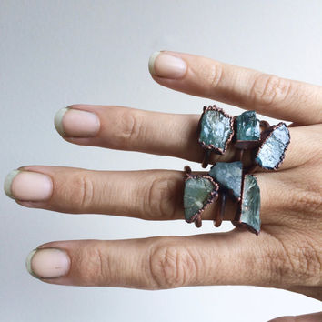 Raw aquamarine ring | Raw stone jewelry | Raw stone ring | Rough aquamarine ring | Raw gemstone ring | Raw mineral ring