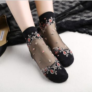 2017 Butterfly flower crystal Harajuku goth punk unif series cool female essential hollow thin  short socks women sexy socks