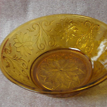 Indiana Glass  Tiara Crystal (Glass)  Amber Large Round serving/salad   Bowl