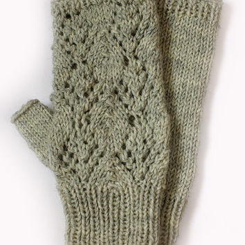 Lace fingerless mittens knitting pattern, from ESTtoYou on ...