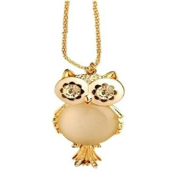 Alloy Rhinestone Statement Snowflake Shape Eye Owl Pendant Necklace