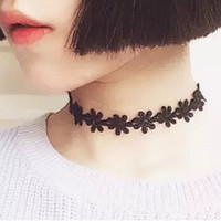 Vintage Black Daisy Flower Lace Choker Necklace For Women