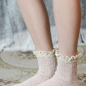 Pink Oatmeal Lace Socks