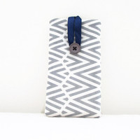 Blue grey cell phone cover hand printed zigzag fabric phone sleeve suitable for Iphone 5s 5c 4s samsung galaxy s2 s3 s4 , UK seller