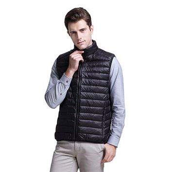Shanghai Story Mens Vogue Packable Ultralight Down Vest Puffer Easy to Fold Vest