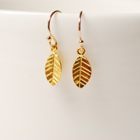 Gold Leaf Earrings, Kate Middleton Jewelry, Kate Middleton Fashion Accessories,Petal Earrings,Handmade Earrings,Dainty Leaf earrings