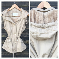 A Fall Vest in Beige