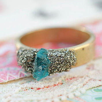 Raw Stones Gold Ring Pyrite and Blue Apatite Crystal size 9 Raw brass ring base Boho Bohemian Chic Style