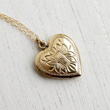 Vintage Gold Filled Heart Locket Necklace - 1940s Sweetheart Floral Late Art Deco Jewelry / Monogrammed N