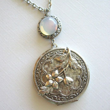 Jasmine Flower,Locket,Full Moon,Silver Locket,Night Blooming Jasmine,Enchanted Garden,Moon Locket,Antique Locket,Moonlit Jewelry,Goddess, xo
