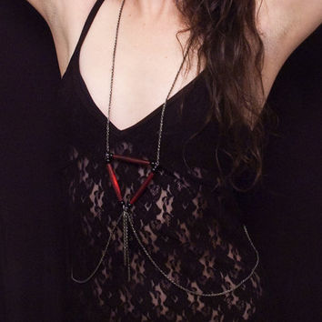 red horn triangle and chain tassel body chain // gunmetal toned pretzel chain // single clasp // nickel free