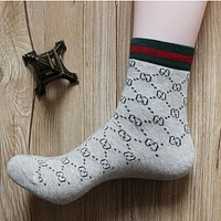 GUCCI summer and autumn cotton fight four seasons deodorant in the tube socks male youth sports and leisure socks Gray textured