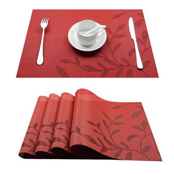 Top Finel Set of 4 PVC Flower Pattern Placemats for Dining Table Runner Linens Place Mat in Kitchen Accessories Cup Wine Mat