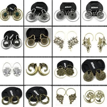2Pcs Brass Ear weight Style Mixed  IIndia Tribal Ear Taper Expander Plugs Ear Gauge Earrings Body Jewelry