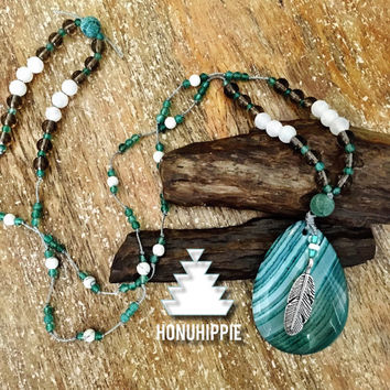 Agate pendant Feather Necklace, boho hippie fashion jewelry