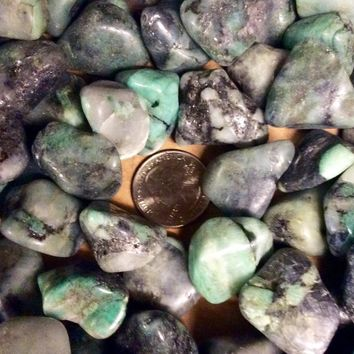 Tumbled Emerald Stone- From Colombia- Natural Colombian Emerald in Matrix Tumbled- Emerald \ Metaphysical \ Heart Chakra \ Natural Emerald