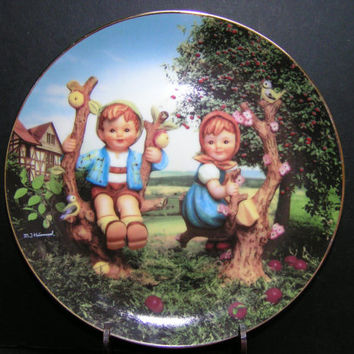 "Vintage 1989 M.J. Hummel ""Apple Tree Boy & Girl"" Plate from Little Companions Collection"