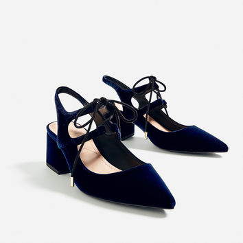 VELVET TIE-UP HEELED SLINGBACK SHOES DETAILS