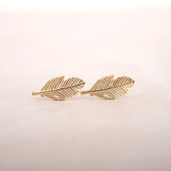 KAMEIER Brand Fashion Vintage stud earrings for women Beautiful Leaf Earrings cute Feather Earrings for Women have 3 colors