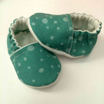 Newborn Baby Boy Shoes - Baby Slippers - Shower Gift - Slipper Booties - Newborn Baby Boy Booties