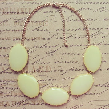 Yellow Stone, Pastel Yellow, Statement Necklace- Bib Necklace-Bubble Bib-JCrew Style Necklace-Necklaces