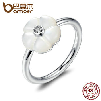 BAMOER 925 Sterling Silver White Flower Luminous Florals, Mother-Of-Pearl & Clear CZ Finger Rings Female Ring Jewelry PA7191