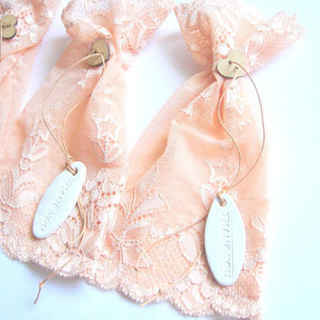 100 Wedding Favor  Peach Bags  Thank you  Tags lace  by accessory8