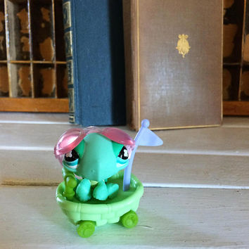 Littlest Pet Shop, LPS, LPS on the Go, Littlest Pet Turtle, LPS Set, Lps Scooter, Little Pet Shop Toy , Lps Turtle, Lps Turtle Pet, lps