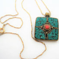 Turquoise Chip Necklace - 14K Gold Filled Chain - Inlaid Chip Pendant